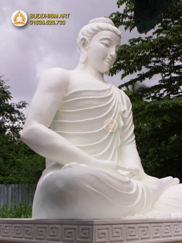Tượng Bổn Sư Thích Ca Mâu Ni trắng 320cm đẹp