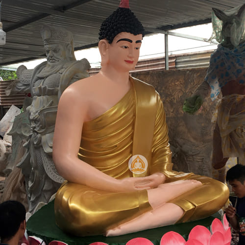 tuong phat thich ca bang composite dep